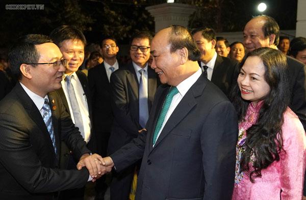 Thủ tướng gặp gỡ bà con kiều bào tại Myanmar