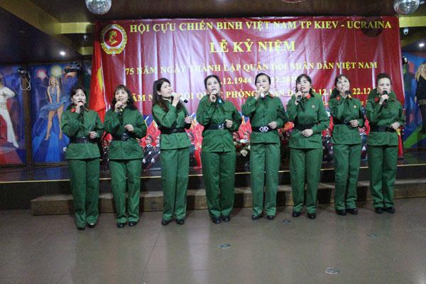 Ucraina: Kỷ niệm 75 năm thành lập Quân đội Nhân dân Việt Nam