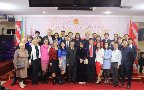 Đại sứ quán Việt Nam tại Ucraina tổ chức Tết cổ truyền, mừng Xuân Canh Tý 2020