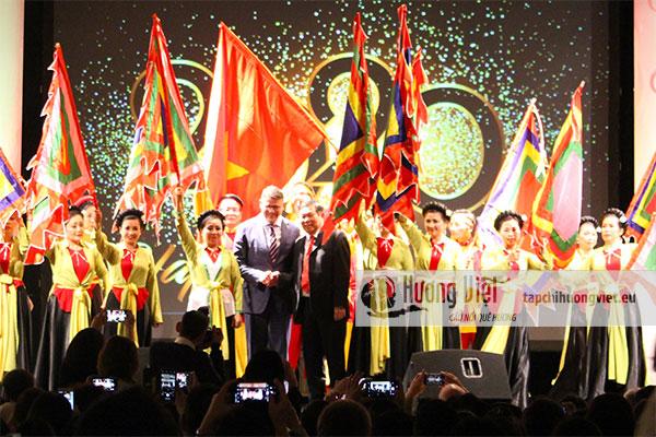 Tổng lãnh sự quán Việt Nam tại Đức tổ chức Tết cộng đồng 2020