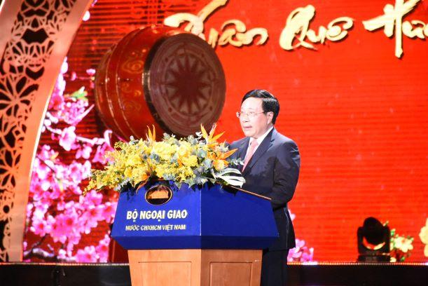 Phát biểu khai mạc của Phó Thủ tướng, Bộ trưởng Ngoại giao Phạm Bình Minh tại chương trình Xuân Quê hương 2020