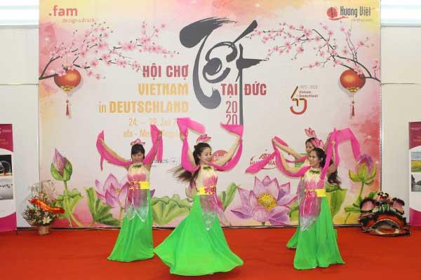 Hội chợ 'Việt Nam tại Đức' thu hút khách tham quan
