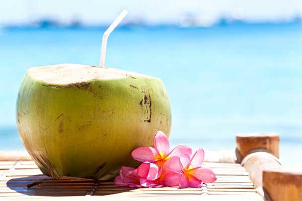 Điều gì xảy ra khi bạn uống nước dừa liên tục trong một tuần?
