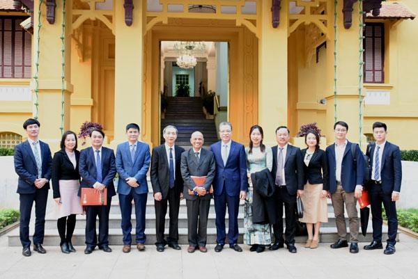 Thứ trưởng Bộ Ngoại giao Đặng Minh Khôi tiếp Hiệp hội Doanh nhân Việt Nam ở nước ngoài