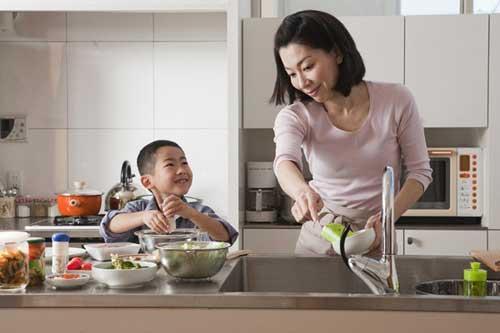 5 cách dạy trẻ sống biết ơn