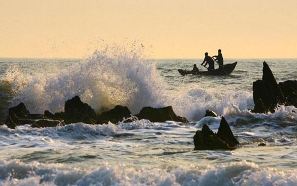 Khám phá biển Hoành Sơn