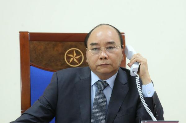 Thủ tướng điện đàm với Thủ tướng Lào và Campuchia về ứng phó COVID-19