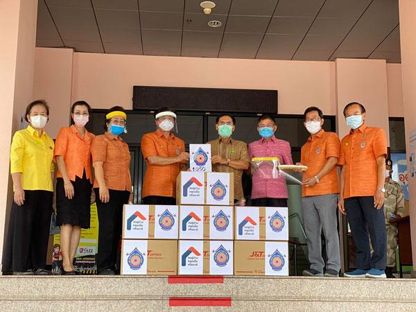 Người Việt tại Udon Thani chia sẻ với người dân Thái Lan trong cuộc chiến chống Covid -19