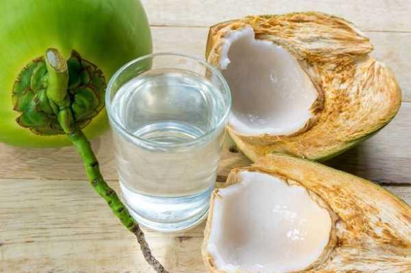 Uống nước dừa sai cách có thể gây hại cho sức khỏe