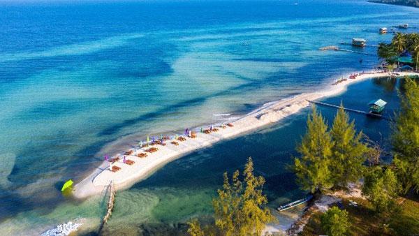 Top 5 bãi biển đẹp nhất Việt Nam khiến hàng triệu du khách mê đắm