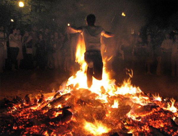 Những lễ hội đêm cuốn hút nhất thế giới
