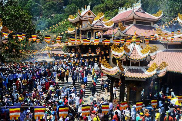 Truyền thuyết về Bà Linh Sơn Thánh Mẫu Núi Bà Đen – Tây Ninh