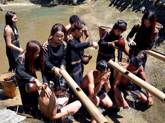 Lễ hội cúng bến nước của người Ê Đê