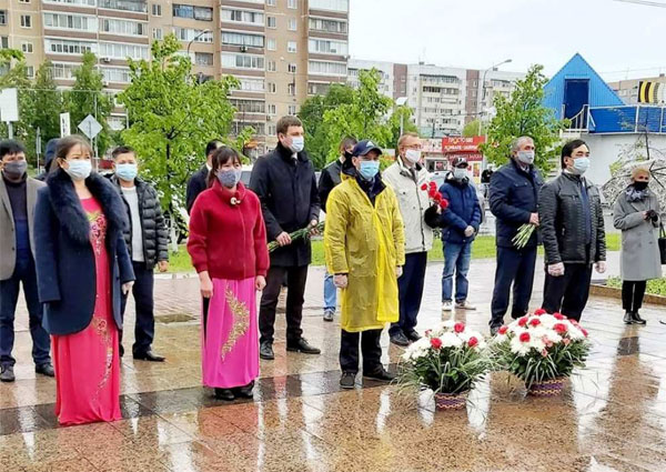 Kỷ niệm 130 năm Ngày sinh Chủ tịch Hồ Chí Minh tại Ekaterinburg, LB Nga