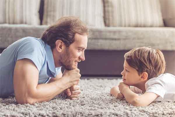 Nhìn vào thiếu sót của cha mẹ, sẽ thấy biểu hiện của con cái