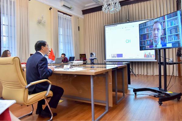 Cơ hội đầu tư, kinh doanh sau đại dịch Covid-19 tại Việt Nam với các tập đoàn, doanh nghiệp Anh