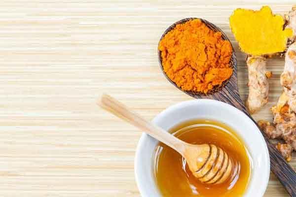 10 tác dụng của tinh bột nghệ với sức khỏe và làm đẹp