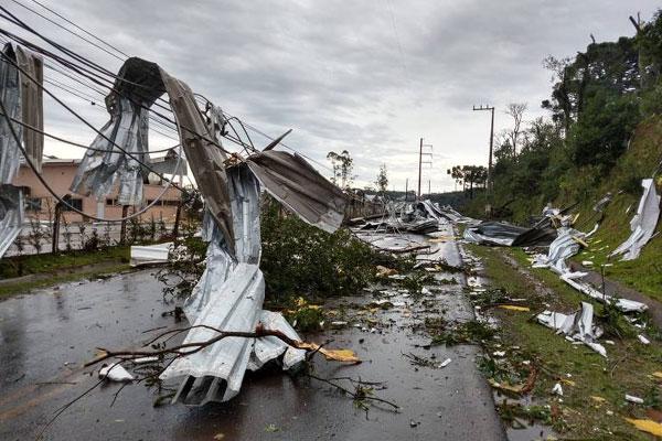 Nhiều người thiệt mạng do mưa bão ở các bang miền Nam Brazil