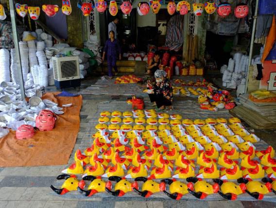 Sức sống của làng nghề làm đồ chơi trung thu truyền thống