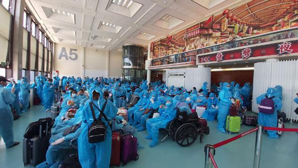 Tổ chức đưa hơn 300 công dân Việt Nam từ Đài Loan về nước