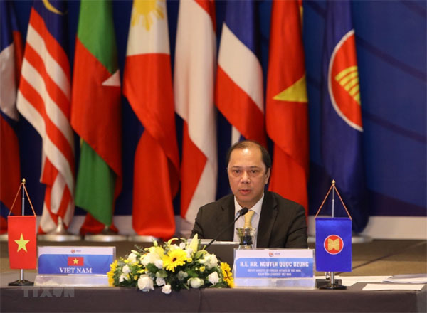 Quan chức các nước dự EAS quan ngại về diễn biến ở Biển Đông
