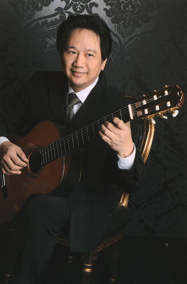 Nhạc sĩ Đặng Ngọc Long - Người đưa thính giả 'du ngoạn' Việt Nam qua âm nhạc dân tộc