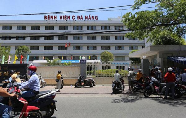 Việt Nam có ca đầu tiên tử vong do Covid-19, Chuyên gia giải thích nguy cơ nguy kịch khi mắc bệnh nền
