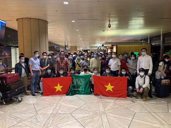 Đưa hơn 270 công dân Việt Nam từ Cộng hòa Síp và Ả-rập Xê-út về nước