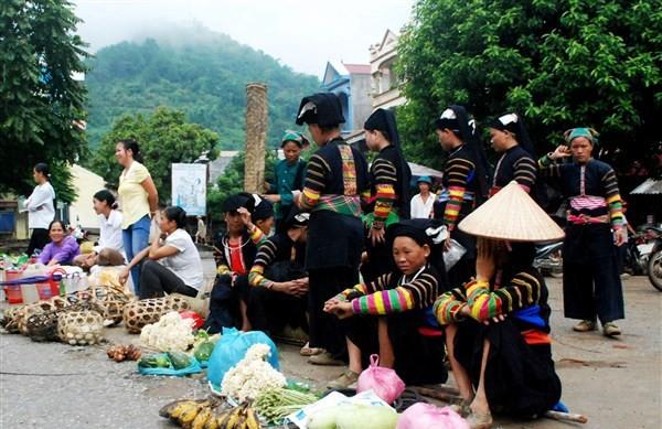 Chợ phiên vùng cao - nơi lưu giữ văn hóa truyền thống