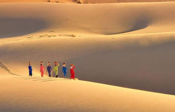 Kỳ thú những cồn cát di động ở Ninh Thuận