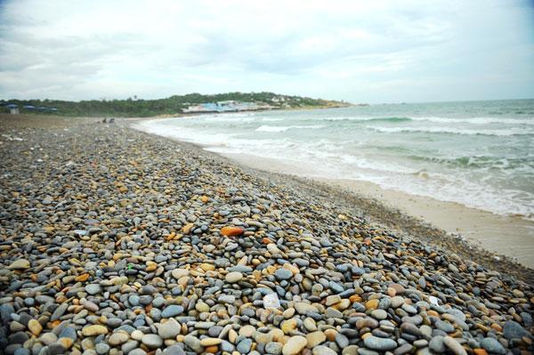 Bình Thuận xếp hạng di tích cấp tỉnh thắng cảnh bãi đá Bảy Màu