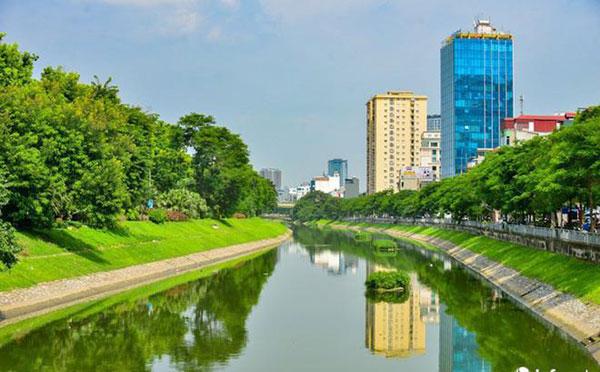 Sông Tô Lịch và vấn đề xử lý nước thải ở Hà Nội