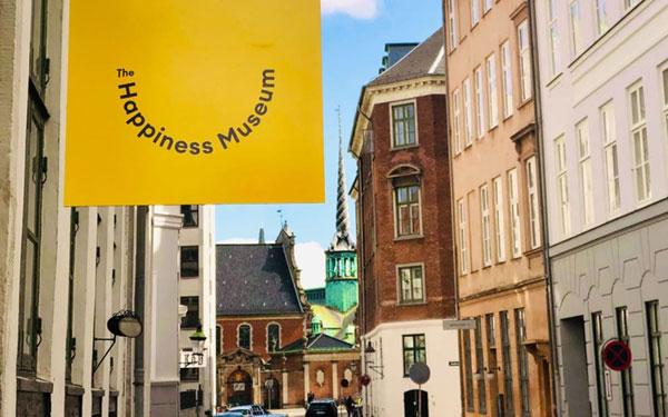 """""""Bảo tàng Hạnh phúc"""" ở Đan Mạch, tia hy vọng trong đại dịch Covid-19"""
