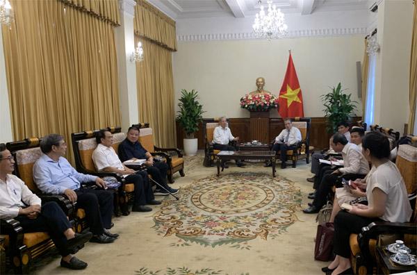 Thứ trưởng Bộ Ngoại giao Đặng Minh Khôi tiếp Hội Kỷ lục gia Việt Nam
