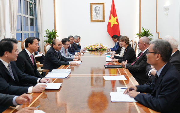 Thủ tướng tiếp Đại sứ Hà Lan, Bỉ và các nhà đầu tư châu Âu