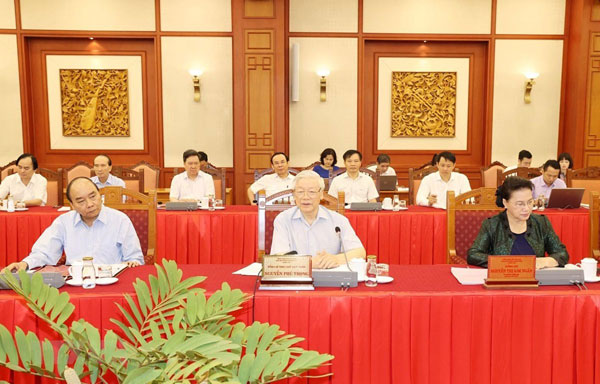 Tập thể Bộ Chính trị làm việc với Ban Thường vụ Thành ủy Hà Nội