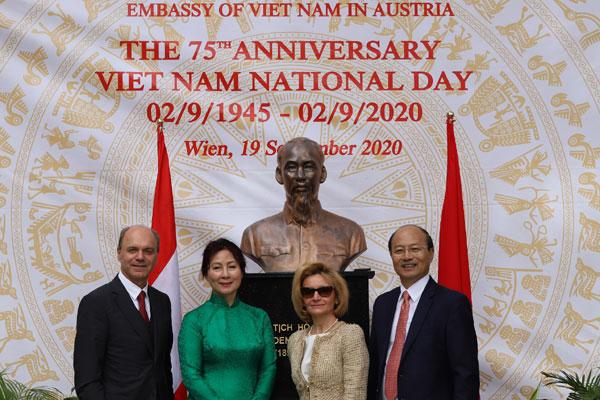 Lễ kỷ niệm 75 năm Quốc khánh nước CHXHCN Việt Nam tại Áo