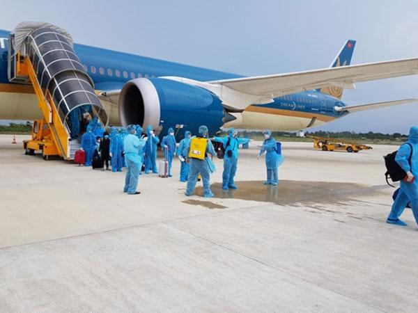 Chuyến bay đầu tiên đón khách từ Hàn Quốc về Việt Nam sau quyết định mở cửa trở lại