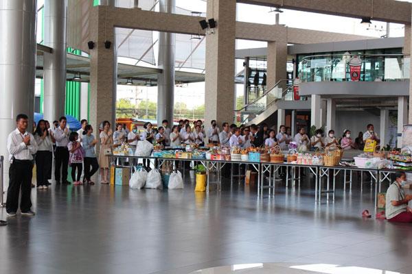 Hiệp hội Doanh nhân Thái - Việt chung tay ủng hộ các gia đình khó khăn tại Thái Lan