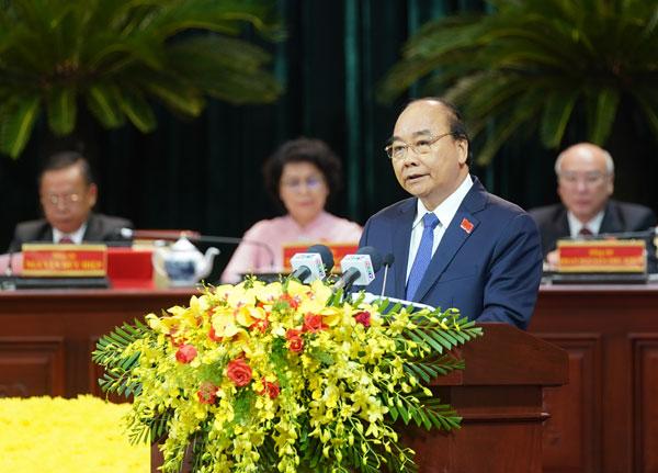 Thủ tướng mong muốn TPHCM giữ vững vai trò đầu tàu kinh tế của cả nước