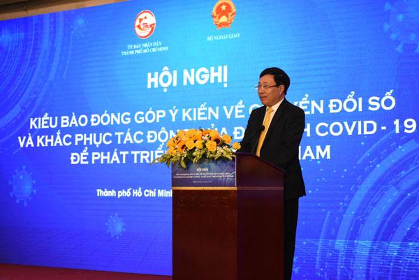 Phó Thủ tướng Phạm Bình Minh: Chuyển đổi số trước tiên là chuyển đổi nhận thức, tư duy