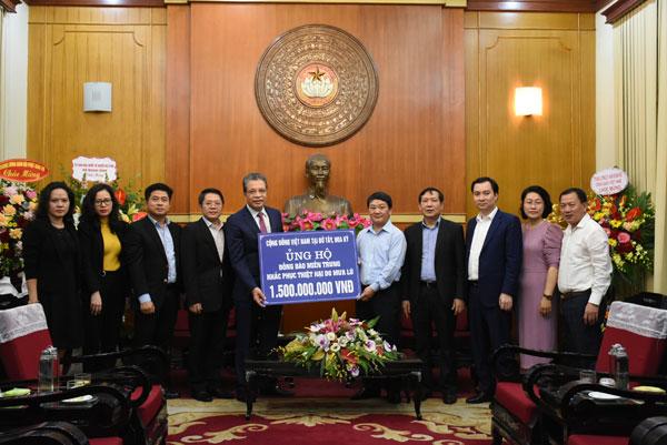 Cộng đồng người Việt Nam ở nước ngoài tiếp tục ủng hộ đồng bào miền Trung