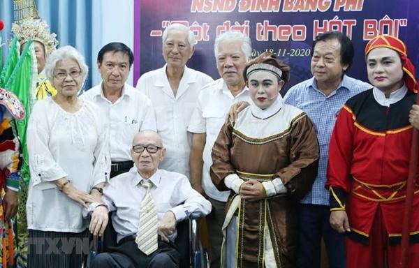 """Nghệ sỹ Nhân dân Đinh Bằng Phi - Người """"giữ lửa"""" nghệ thuật hát bội"""