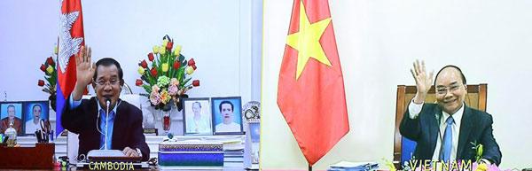 Thủ tướng Nguyễn Xuân Phúc hội đàm trực tuyến với Thủ tướng Campuchia Hun Sen