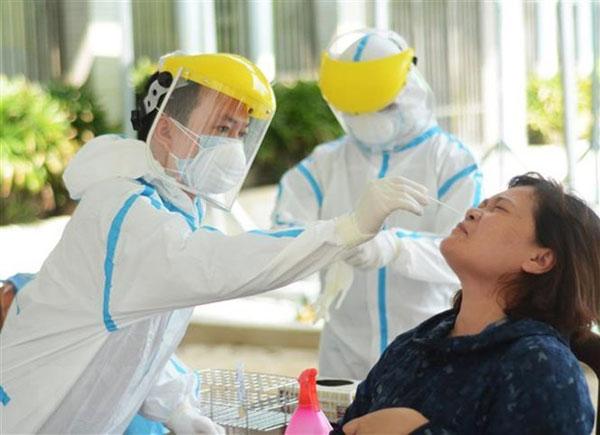 Dịch COVID-19: Hợp tác quốc tế để ứng phó với thách thức y tế