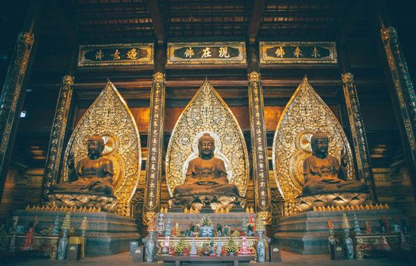 Cầu khấn như thế nào cho đúng khi lễ chùa, chiêm bái chốn tâm linh?
