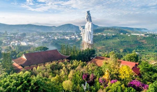 Chùa Linh Ẩn nơi lưu giữ nhiều kỷ lục ở miền cao nguyên
