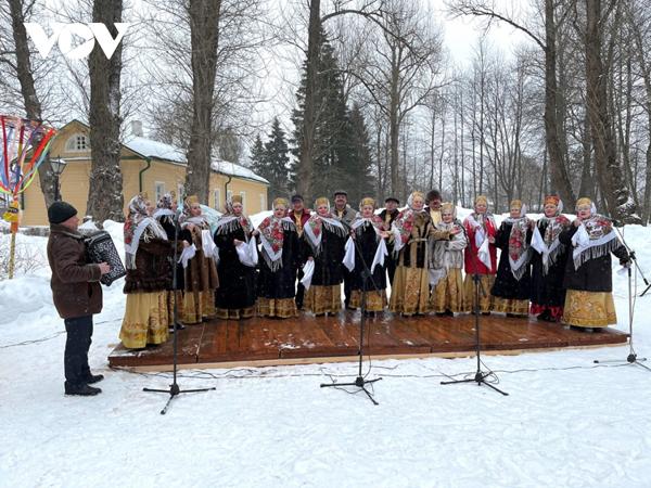Lễ hội văn hóa dân gian mang mùa xuân đến cho người dân Nga