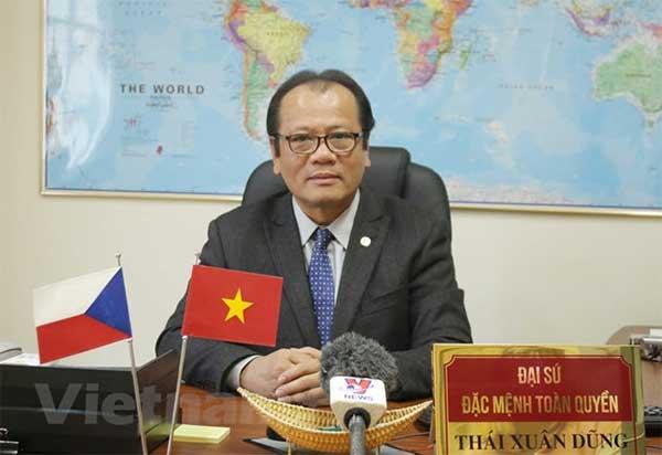 Người Việt tại Séc phát huy tinh thần đoàn kết vượt đại dịch COVID-19