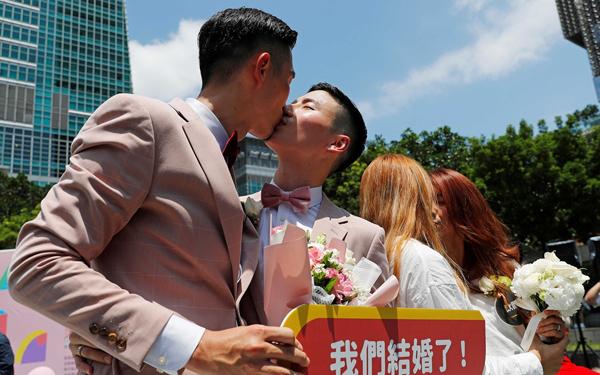 Nhiều quốc gia và vùng lãnh thổ đã công nhận hôn nhân đồng giới